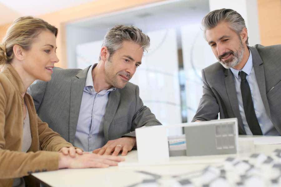 tasks for financial planner salary
